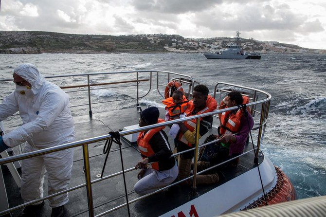 Malta navy rescues 271 migrants from Mediterranean