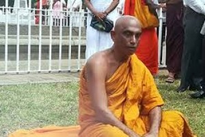 The president will not intervene in Athuraliya Ratna Thera's hunger strike? Why this Kolaveri to Maithri ?