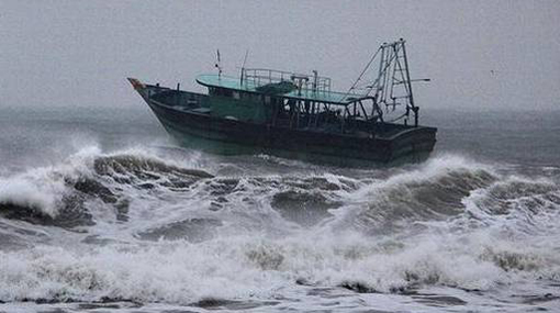 Fishermen cautioned of rough waves & gusty winds in northern seas
